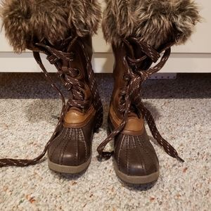 Girl's All weather boots